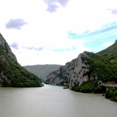 Bosnië & Herzegovina (16)
